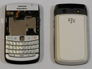 White Blackberry 9780 Bold Full Housing Replacement Case Keyboard Back cover