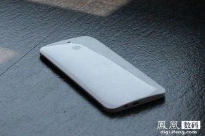 image-1401871303-HTC-One-E8-8
