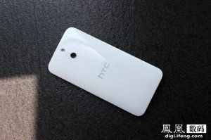 image-1401871415-HTC-One-E8-7